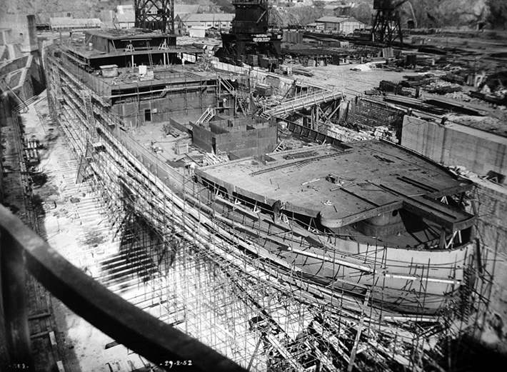 Tahitien under construction